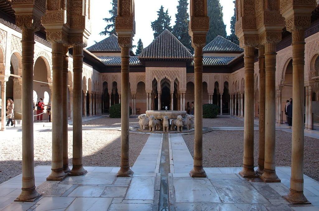 La leyenda del patio de los leones leyendas de la alhambra - Patios de granada ...