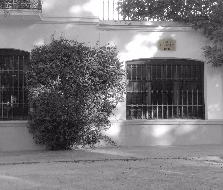 Entrada huerta de san vicente for Huerta de san vicente muebles