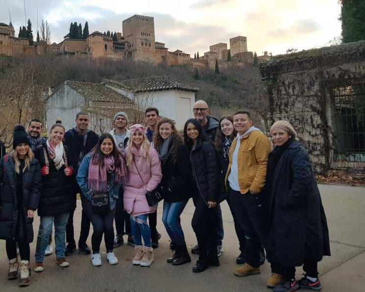 Cursos de español para grupos en Granada (España) | iNMSOL